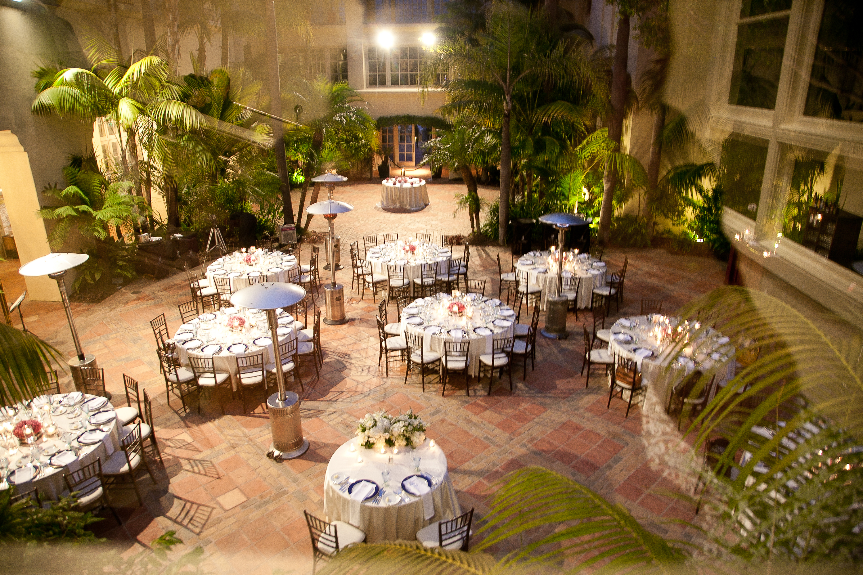 Courtyard Wedding Ritz Carlton Laguna Lisa Simpson